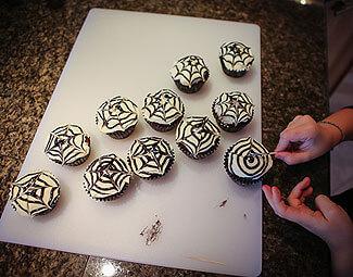 SpiderCupcakes1